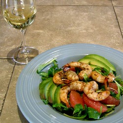 Grilled Shrimp and Avocado Salad with Amista Chardonnay
