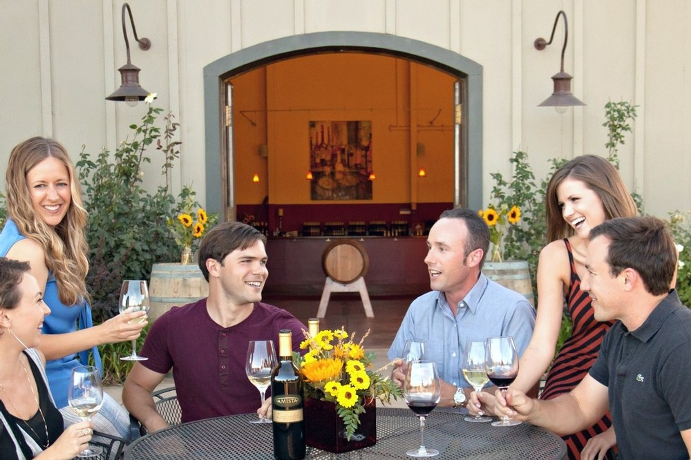 Amista Vineyards Join Circle of Friends Wine Club