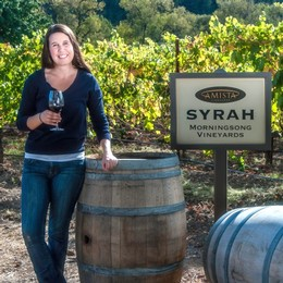Amista Vineyards Winemaker Ashley Herzberg