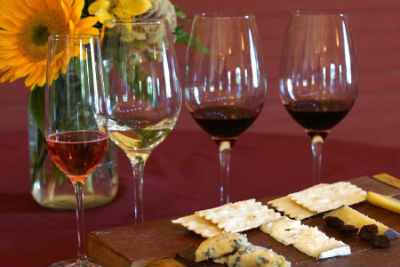 Amista Vineyards Wine and Food Pairings