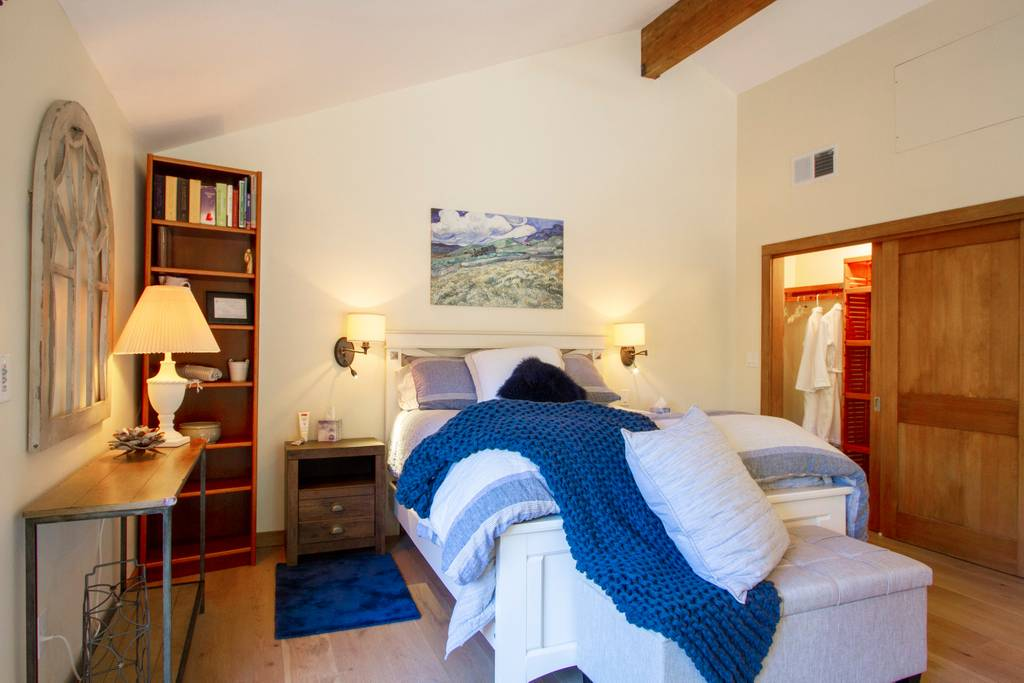 Amista Featured Farmstay