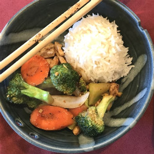 Vicky's Chicken Broccoli Stir Fry