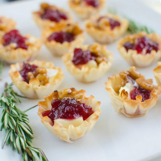 Robert's Cranberry Brie Phyllo Cups